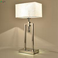 luces cromadas al por mayor-Moderno Lujo Chrome Metal Lámpara de Mesa Led Pantallas de tela Dormitorio Luces de Mesa Accesorios de la Sala de estar Lámpara de Escritorio Lámpara de Tefellamp