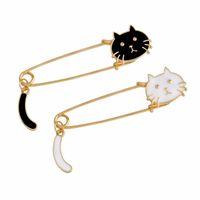 ingrosso spille bianche di animali-Perni della spilla del fumetto del gattino della spilla del gatto nero bianco dei perni della spilla per le donne Bambini T-shirt Borsa spille Pin distintivo gioielli svegli