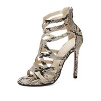 Wholesale fine zip - The new Roman style serpentine high heels for the summer of 2018.Fine with.hollow out. generous fashion sexy women's sandals.T465
