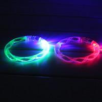 ingrosso la banda del polso si accende-Creativo acrilico incandescente unisex LED illumina flash braccialetto braccialetto polso banda cintura gioielli giocattolo divertente FJ88