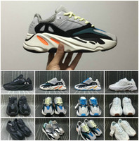 Wholesale West Denim - Discount Kanye West Boost Retro Wave Runner 700 Grey Causal Shoes Boost Mens Women Solid Grey Chalk White Core Black Sneakers Size US5-12