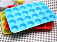 ingrosso colori della torta della tazza-2018 Stampo per cupcake in silicone fai-da-te 24 tazze Stampo per torta creativo antiaderente 4 colori strumenti per modellare cupcake