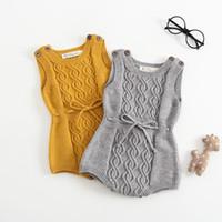 ingrosso ragazzi gialli-Pagliaccetto del neonato Pagliaccetto di lana per bambini a maglia grigio giallo Tuta complessiva per i vestiti dei bambini del bambino Pagliaccetto della maglia