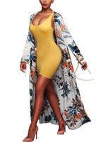 kadın uzun tunik gömlek toptan satış-2018 Kadınlar Uzun Kollu Kimono Etnik Çiçek Baskı Hırka Gömlek Yaz Bluzlar Kimono Uzun Tunik Plaj Cover Up kadın Beyaz