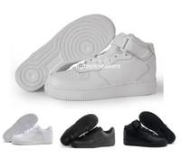new product 937b2 d66f9 Haute Qualité Hommes Femmes Airs Classique Blanc noir Chaussures Nike air  force af1 1 Un Bas Haute Sneaker Sport Sneakers Chaussures Forcer un Patin