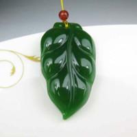 jadeblatt anhänger großhandel-Mode Exquisite Natürliche Grüne Jade Blatt Amulett China Natürliche Rote Exotische Bambus Stift Halskette Anhänger Glück Mode Geschenk Verkauf