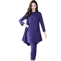 neue design drei stück anzug großhandel-Herbst 2018 neue Mode dreiteilige Anzug Langarm-Shirt dünne Hosen Design Outfit Vestido Dame Kleidung feste Kleidung