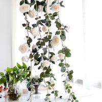 pflanze girlande großhandel-Lange Künstliche Rose Blume Dekorative Gefälschte Rosen Reben Pflanzen Blätter Kunst Garland Blumen Hochzeit Dekoration Wandbehang 1,8 mt