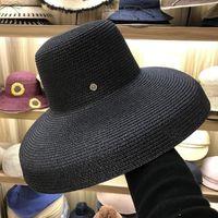 ala ancha sombrero negro mujer al por mayor-FGHGF Mujeres Sombreros de Sol de Ala Ancha Sombreros de Paja de Verano 2018 Nueva Moda Negro Natural Floppy Beach Boater Hat Cap Kentucky Derby Sombreros D18103006