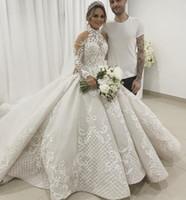 vestido alto em lantejoulas venda por atacado-Luxo 2019 rendas vestido de baile vestidos de casamento mangas compridas gola alta frisada vestidos de noiva appliqued catedral trem de lantejoulas vestidos de novia