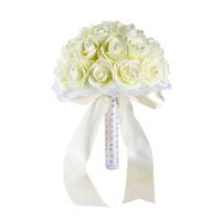 buquês de flores de noiva artificial azul venda por atacado-Lindo Amarelo Branco Azul Do Casamento Flores Bouquets De Noiva Feitas À Mão Artificial Rose Bouquets De Noiva para Decoração de Casamento CPA1592