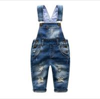pantalones de jeans para niños en general al por mayor-2-7 T Marca Niños Jeans Niños Niñas Trajes de mezclilla Niño Suspender Jeans Pantalones Moda casual Niños Jeans en general Agujero al por menor