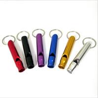 sifflet de pendentif achat en gros de-Pendentif de sifflet multifonction en métal en plein air avec trousseau de clés pour la survie en plein air d'urgence taille mini sifflets kit extérieur