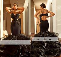 siyah organze elbiseler toptan satış-Afrika Dubai Siyah Kızlar Mermaid Gelinlik Modelleri Uzun 2018 Spagetti Sapanlar Dantel Aplike Organze Ruffles Kat Uzunluk Elbiseler Abiye giyim