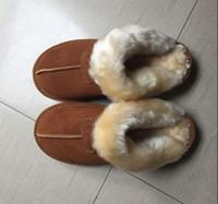 logos de chaussure achat en gros de-Nouveau femmes neige bottes mode vache en cuir neige fille chaussures pantoufles adultes US5-11 sac logo rose sable marron chocolat