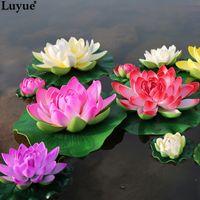 ingrosso serbatoio di loto-Luyue 5pcs / lot Schiuma artificiale Fiori di loto Bouquet finto per la decorazione di nozze Serbatoio di pesci Galleggiante Simulazione dell'acqua Lily Lotus