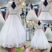 Wholesale gold special occasion dresses for sale - Fresh Selling Wedding Dresses Special Occasion Charming Luxury Vintage V Neck Tulle Sleeveless Lace Appliques Wedding Gown
