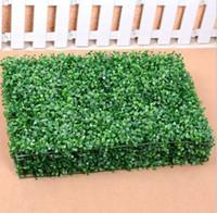 ingrosso tappeti erbosi artificiali-24 PZ 60 CM X 40 cm Erba Artificiale di plastica bosso stuoia topiaria albero Milano Erba per il giardino negozio di casa decorazione di nozze Piante Artificiali