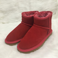 Wholesale plus gift online - Plus Size EU34 Australia Style Ugs Women Unisex Snow Boots Waterproof Winter Leather Boots Brand Ivg With Gift Colors