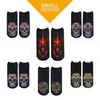 Wholesale cartoon slippers men - 2018 New Fashion Autumn Winter Fashion Casual Cotton 3D Socks Skull Heads Printed Socks Male and Female Generic 6 Color