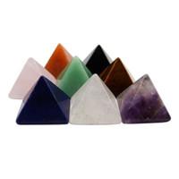 ingrosso arti artigianali-Cristallo naturale Mini piramide da tavolo Pietra Artigianato Artigianato Regali Casa Ornamento Perline Creazione di gioielli Forniture Trigonometrico Tipo di cono 12 35ft ff