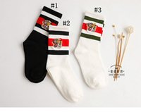 Wholesale Long Striped Socks For Men - Embroidery Tiger Head Winter Socks Unisex Cotton Three Bar Color Matching Sports Middle Long Socks for Men and Women YYA1253