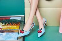 zapatos de boda de cerezo al por mayor-Zapatos de tacón delgado de bambú Mujer Shallow Shallow Toe Cherry Decoration Zapatos de fiesta de boda Strange Style High Stiletto Bombas Sapato Feminino
