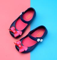 linda sandalia roja al por mayor-Sandalias lindas para niñas Melissa Mini zapatos Sandalias de jalea de cristal Zapatos para niños Zapatos con cabeza de pescado Rojo Negro