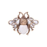 broş taşlar toptan satış-Parfüm feminino bijoux joyas kadın aksesuarları broşlar şal parti süsleme broş anti-altın renk alaşım kristal taş inci broşlar