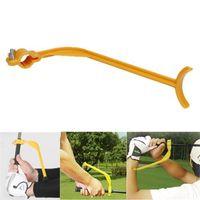 balançoire verte achat en gros de-Pratique de golf en plastique Swing Mini Guide de formation pédagogique portable Aides à l'alignement de geste