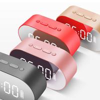taşınabilir dijital saatler toptan satış-P1 Bluetooth Çalar Saat Hoparlör Aux TF Kart Ile LED Ekran Dijital Ayna USB Flash disk FM Ev Ofis Taşınabilir HIFI Hoparlör