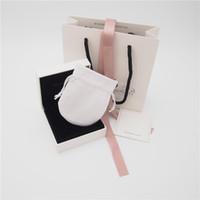 ingrosso set di anelli di perline-Set di pacchetti di alta qualità Scatola di cartone Borsa di cartone Stile 2 Panno di lucidatura Custodia per orecchini Pandora Anello Charm Bead Ciondola gioielli di moda