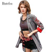 три четверти весенних пальто оптовых-2018 Biutefou  women embroidery fashion coats spring new three quarter sleeve plaid chic Blazers