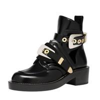 bottes de cheville femmes achat en gros de-Nouveautés Noir Bottines en cuir noir bout rond Guckle Strap Gladiator Sandals Bottes Pour Femmes Cut-out Dress Shoes Lady
