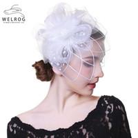 ingrosso clip di capelli del fiore bianco della piuma-WELROG Fascinators Cappello per le donne Partito bianco Fascia da sposa Cocktail Flower Mesh Feathers Hair Clip