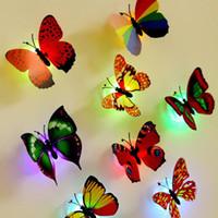 mariposas electrónicas al por mayor-Hermosas pegatinas de pared de simulación de mariposa luces LED componentes electrónicos de plástico pegatinas de pared 3D decoración de la casa @ YL-CX