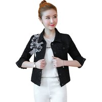 jacke jeans perlen großhandel-Graue schwarze Jeansjacke plus Größe koreanische Artblumenstickerei Frühling und Herbst Blume Applique Perle Jeans Mantel Femme