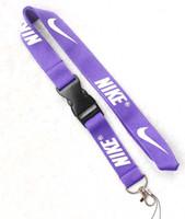 cordões roxos venda por atacado-roxo com colhedor branco do logotipo, suporte do cartão do emblema da identificação, correia da correia do telefone do pescoço