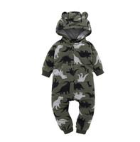 mamelucos negros para niñas al por mayor-Blanco negro Bebe mono recién nacido mamelucos del bebé Baby Boy chica dinosaurio estampado mameluco oveja paño grueso y suave bebés bebés ropa Meninas mono