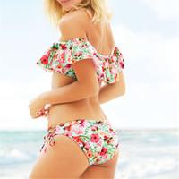 ingrosso swimwear rosso top bikini-Bikini con spalle scoperte Donna con stampa floreale Costumi da bagno push up Costume da bagno con volant Bikini con scollo a balze Biquini Costume da bagno rosso Beachwear