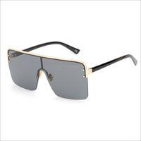 Gafas de sol cuadradas de gran tamaño para hombres lentes de una pieza  mujeres a prueba de viento semi-sin montura gafas de sol negro 2018 moda 73944854bbac