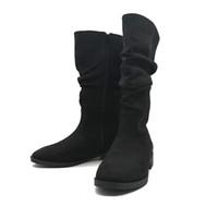 zapatos de limpieza al por mayor-Botas de invierno de moda para mujer Zapatillas de cuero retro estilo matorral Keep Warm Flat Toede Round Tube Martin Calzado casual mujer # 20181106