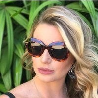 Wholesale hot wells - Women Big Frame Round Middin Sunglasses Black Grey Mirrored Hot Well Designed Light And Portable UV400 Protection LJJG2