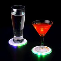 Wholesale Thin Light Bulbs - 10cm 4 LED Flashing Lights Bulb Bottle Cup Mat Clubs Bars Party Round Acrylic Bottle Pad Ultra-thin Electronic Flash Coasters OOA4340