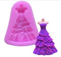 molde de casamento de sabão venda por atacado-Atacado-New Wedding Bride Dress Fondant Silicone Mold 3D casamento ferramentas de decoração do bolo 7.9x5.5x1.2cm Chocolate Mold Soap Moldes E340