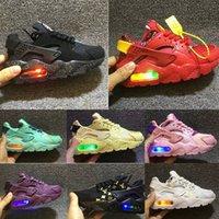erkek ayakkabıları yanıp sönen ışıklar toptan satış-Nike Air Huarache Flaş Çocuklar Huarache Runing Ayakkabı boys koşucu Çocuk Işıklı huaraches açık yürümeye başlayan atletik erkek kız Bebek sneakers