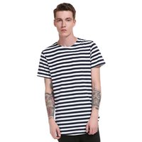 camiseta de manga larga de rayas de hombre al por mayor-Raya Casual Tee Shirts Hombres de algodón Redondo Hem Modelo largo High Street Summer Nuevo estilo de moda de manga corta Tops