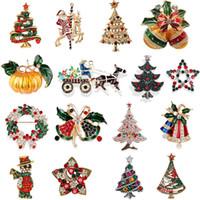 yeni yıl broşları toptan satış-Noel Broşlar Yeni Yıl için Hediyeler Güzel Kırmızı Kış Ağacı Hayvan Kadınlar için Rhinestones Broşlar Noel Broşlar