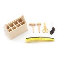 spielzeug hausmöbel großhandel-Holz Toolbox mit Tools Set 1/12 Puppenhaus Miniatur Reparatur Kits Dekoration für Puppenhaus Zubehör Möbel Spielzeug