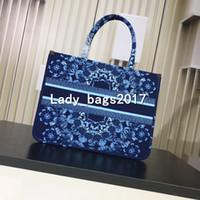 ingrosso borsa blu tote-Luxury lady Stampato ricamato fiori di ciliegio blu fiori borsa di tela Libro Totes Designer borsa 32 centimetri borsa grande capacità borse della spesa